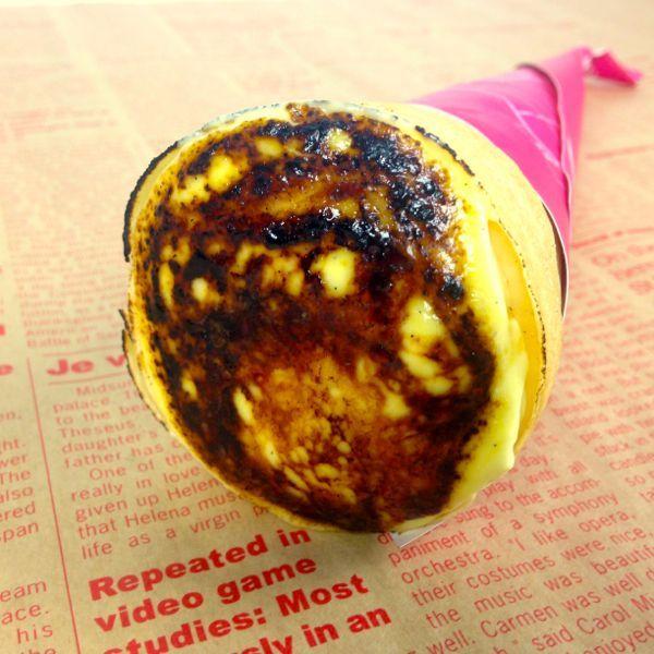 画像1: 通販店のみで販売される「クレープブリュレキャラメルクッキー」 特製バニラカスタードにしみこむキャラメルとクッキーが美味です。