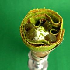 画像2: お花見に葉隠抹茶がよく似合う!!!抹茶ブームのニューヨーク出店に向けて作った最高傑作!葉隠抹茶の50個セットが登場です! (2)